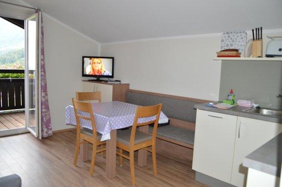 Hoelbinger Alm: kitchen
