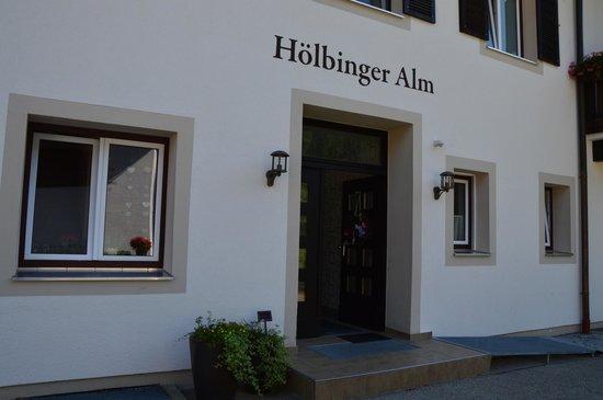 Hoelbinger Alm: enter :)