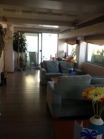 Tropical Hotel: зона для отдыха