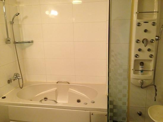 Hotel Kobos : お風呂が有難いです。