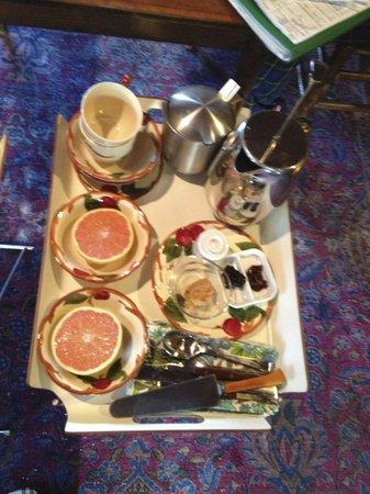 Retreat at TreeGap : Our Yummy breakfast!!