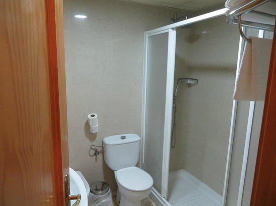 Hostal Alborada: Bathroom at Alborada