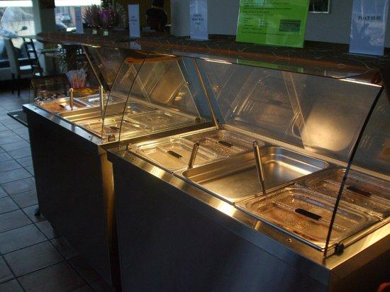 Thai Food Station: Self-service food station