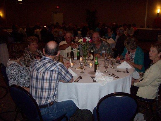 Holiday Inn Morgantown / PA Turnpike: Twin Valley Class of '63, classmates