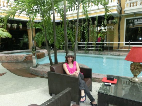 ABC Hotel: just infront of our room