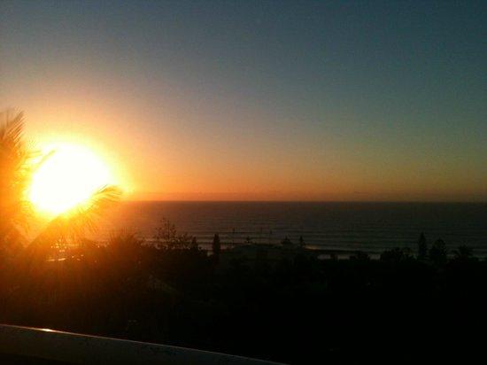 Sundancer Holiday Apartments: sunrise from balcony