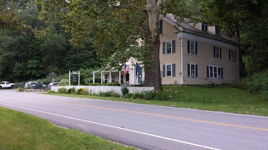 The Ira Allen House Bed and Breakfast: From their lawn across the street