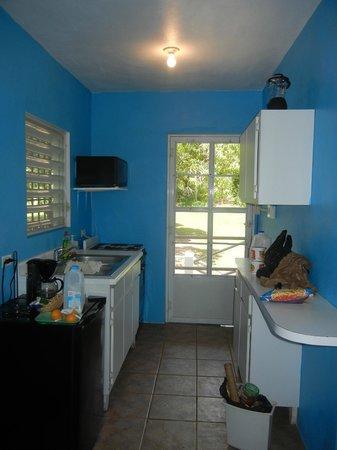 Estancia de Manzanares Guest Rooms : Kitchen Area