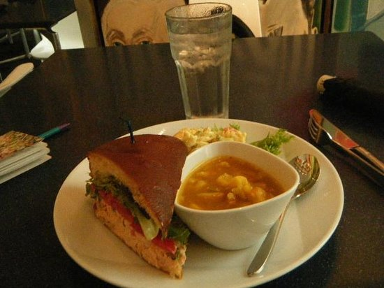 Kemper Museum of Contemporary Art: daily special at cafe