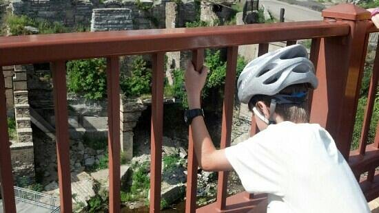 The Fit Tourist: Our youngest admires the ruins of the first mills along the Mississippi River in downtown Minnea