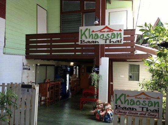 Khaosan Baan Thai: Entrada