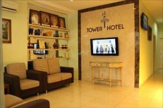 Tower Hotel: Lobby