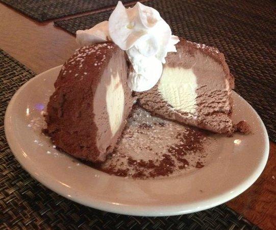 Cesare's At The Beach : Tartufo al chocolate