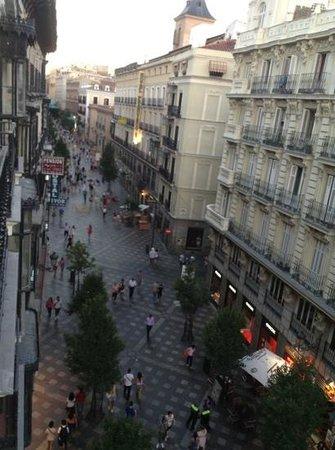 Los Amigos Hostel: Panoramica desde el balcon del hostal, paseo Arenales.