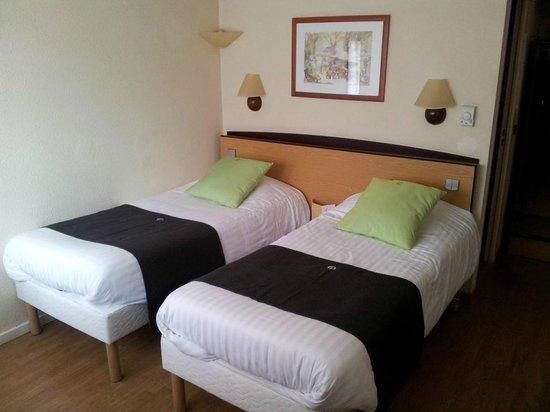 Campanile Roanne : Chambre rez-de-chaussée avec lit double