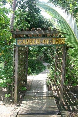 Garden of Eden Inn : Entrence