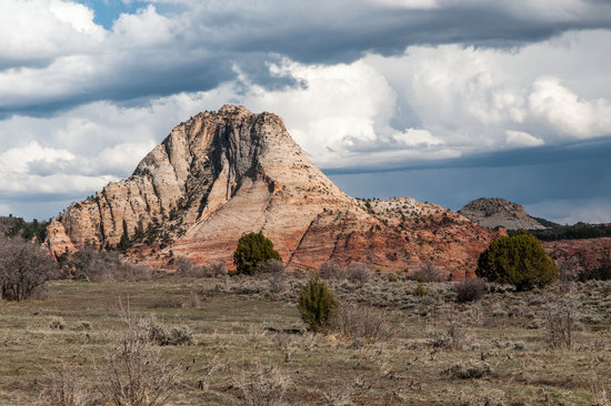 Kolob Terrace Road: Sandstone Formation Along the Road