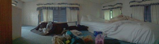 Cherry Hill Park Campground: Trailer loft