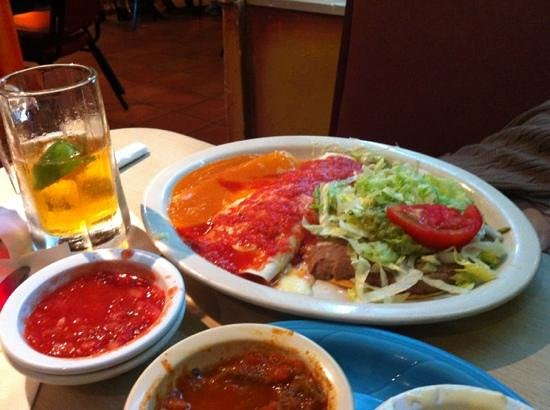 Dos Reales Mexican Restaurant: Vegetarian combo