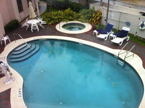 Sleep Inn St. Augustine: Pool and Spa viewed from my room