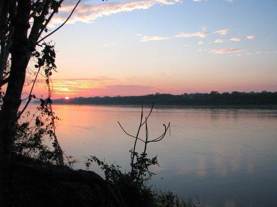 Inkaterra Reserva Amazonica Excursions: sunrise