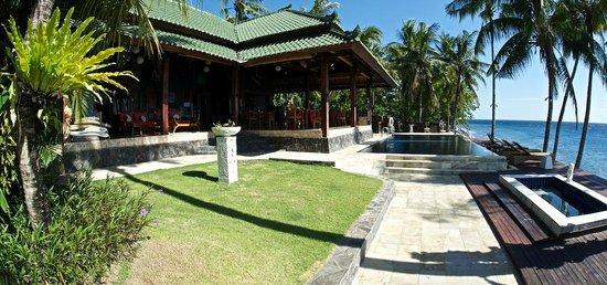 Villa Alba Dive Resort: Chill out with a G&T