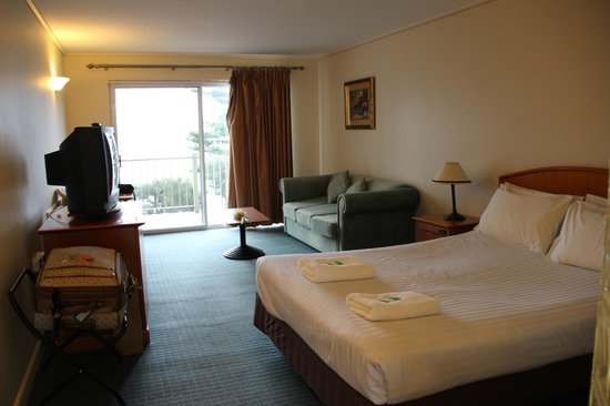 The Continental Hotel Phillip Island: room 307