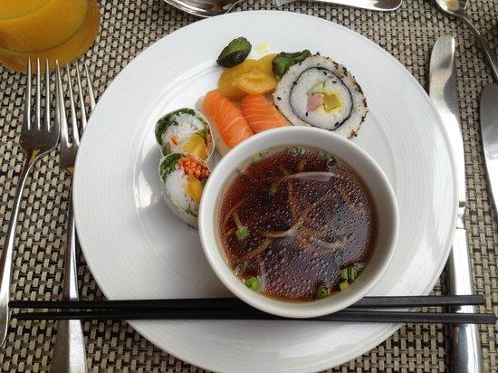 Hilton Hanoi Opera: Asian breakfast - you have to do it!
