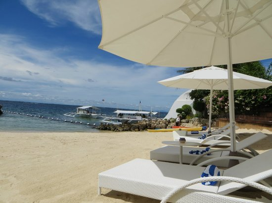 Movenpick Hotel Mactan Island Cebu : Loved the private beach