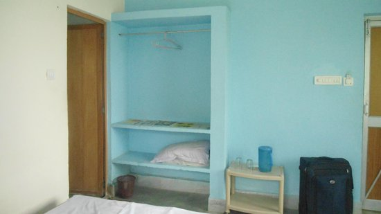 Pathanivas Chandaneswar: Shelf provided