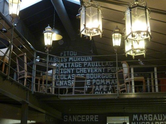 L'Hote Antique Restaurant-Rotisserie