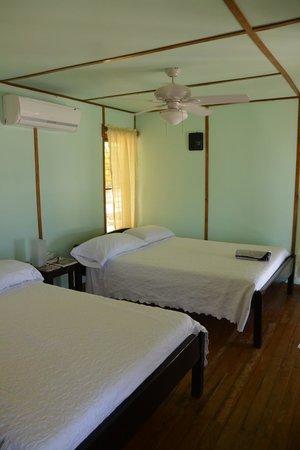 Isla Marisol Resort: interior of cabana #1