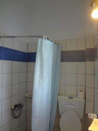 Thea Home Hotel : Bathroom