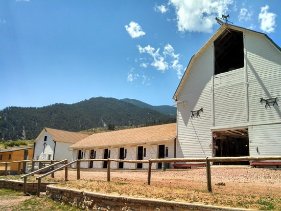Eatons' Ranch: first pic at Eaton's