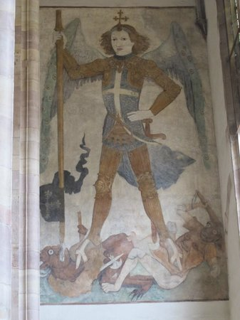 Église Saint-Thomas : Fresco of Saint Michael.