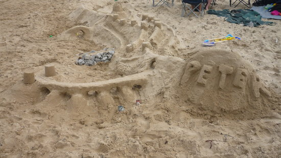 Benllech Beach : A great place to create your masterpiece