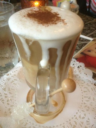 La Creperie: The Perfect Cappuccino