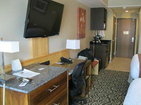 Best Western Premier Ivy Inn & Suites: 使いやすいデスク