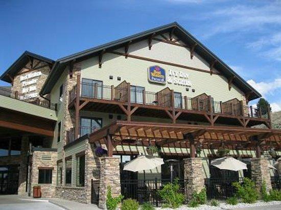 Best Western Premier Ivy Inn & Suites: 可愛い外観