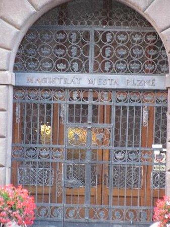 Renaissance Town Hall: entrance