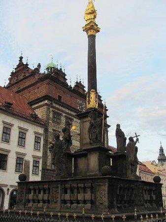 The Plague Column: column