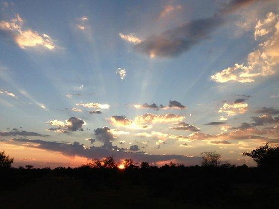 Jaci's Safari Lodge: the sunset as always a treat