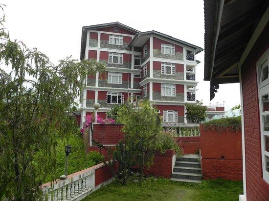 Tashigang Resort : Hotel from cottages