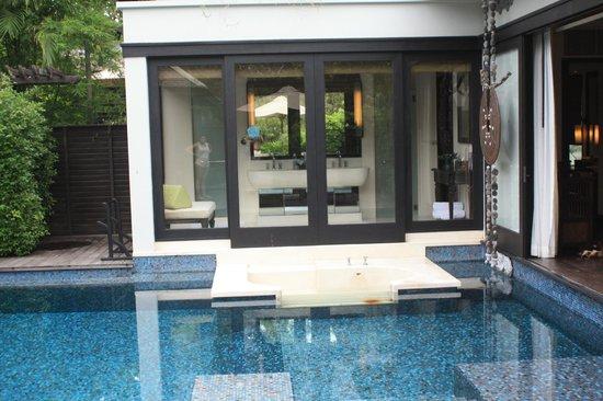 Anantara Mai Khao Phuket Villas: view of the bathroom in the villa