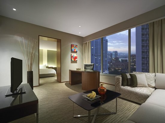 Traders Hotel, Kuala Lumpur: City View Suite