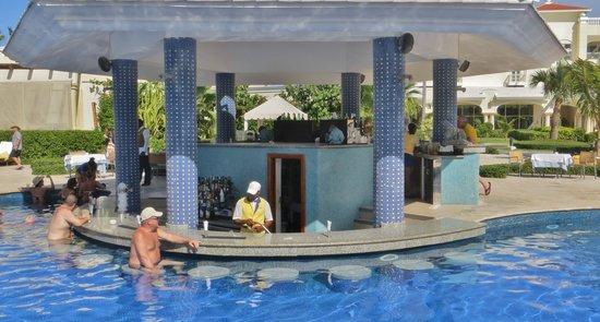 Iberostar Grand Hotel Bavaro: Poolbar
