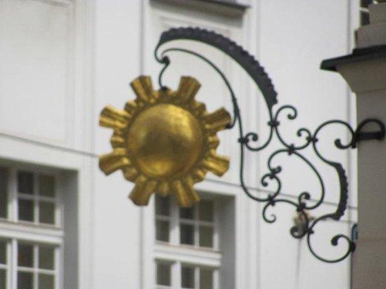City Palace at the Golden Sun: golden sun