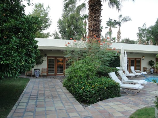 The Hacienda at Warm Sands: Secluded rooms at the rear ...
