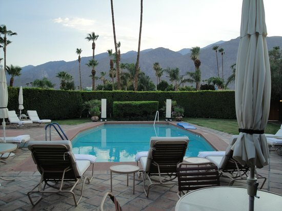 The Hacienda at Warm Sands: Front pool area ...