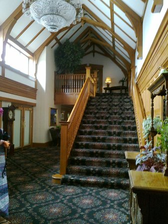 Lochgreen House Hotel: The staircase